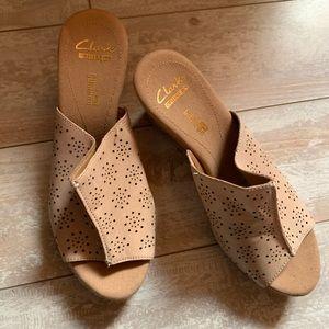 Clarks Soft Cushion Slide Platform Sandals